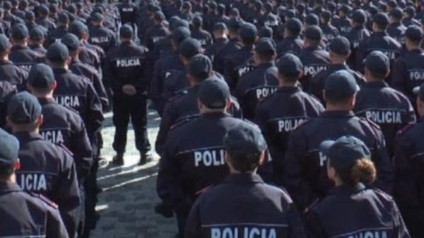 Punonjes policie koronavirusi ne shqiperi te infektuar Covid 19 1024x576 1 600x338