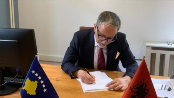 Kosovo signs agreement for 1.2 million vaccines from Pfizer